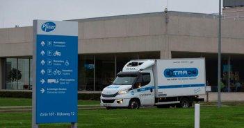 Επιχείρηση αλά Τζέιμς Μποντ για τη μεταφορά των εμβολίων της Pfizer στη Βρετανία -Έφθασαν μέσω του Eurotunnel (Video)