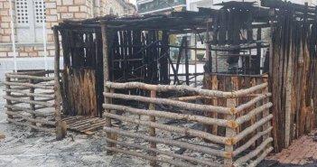 Βόλος: Καταστράφηκε ολοσχερώς από φωτιά η μεγάλη φάτνη στο ναό Αγίου Νικολάου