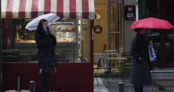 Καιρός: Βροχές και μικρή άνοδος θερμοκρασίας