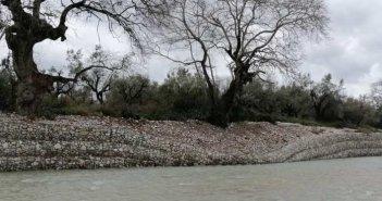 Υποχώρησε τμήμα του αντιπλημμυρικού στην Αβώρανη-Στο σημείο βρέθηκε ο Νεκτάριος Φαρμάκης