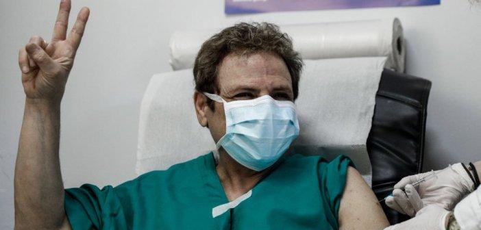 Κικίλιας: Μετά τους γιατρούς του ΕΣΥ θα εμβολιαστούν οι γιατροί του ιδιωτικού τομέα