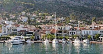 Αστακός: Η πόλη που βλέπει Ιόνιο και έχει ένα άκρως απολαυστικό όνομα