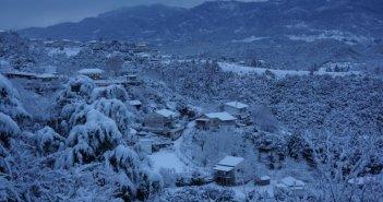 Κοιλάδα του Αχελώου: Εντυπωσιακές εικόνες από το χιονισμένο τοπίο