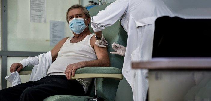 Εμβολιασμοί: Προσήλθε στο ραντεβού του Σαββάτου το 95% των 85 ετών και άνω