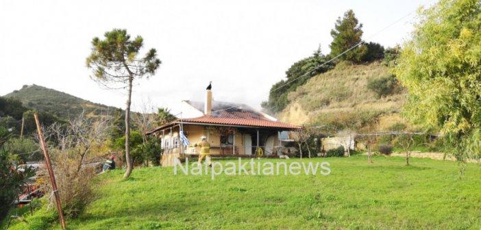 Ναύπακτος: Στις φλόγες μονοκατοικία στον Πλατανίτη-Αιτία το τζάκι