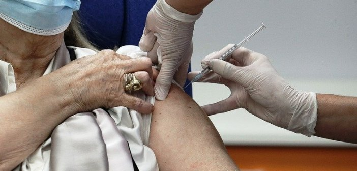 Ευρωπαϊκός Οργανισμός Φαρμάκων: Να τηρείται το μεσοδιάστημα μεταξύ των δόσεων του εμβολίου