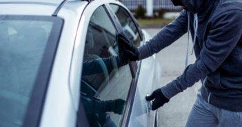 Λαμία: Άφησε το αυτοκίνητο για ένα λεπτό και το πλήρωσε ακριβά