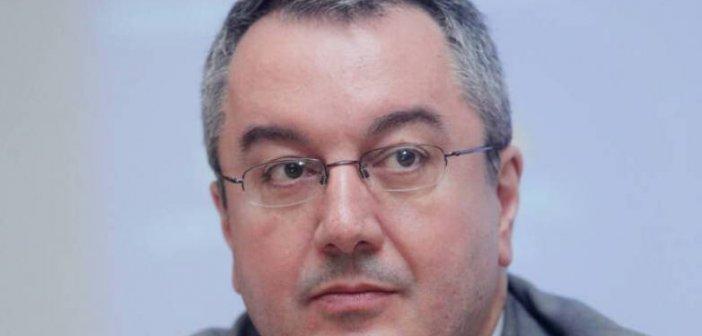 Ηλίας Μόσιαλος: Έτσι θα ανακόψουμε την αυξητική πορεία της μετάλλαξης Delta