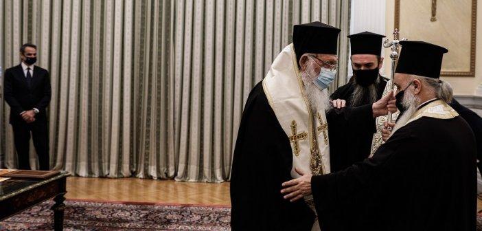 Μητσοτάκης σε Ιερώνυμο: Η Εκκλησία να αναλάβει τις δικές της ευθύνες