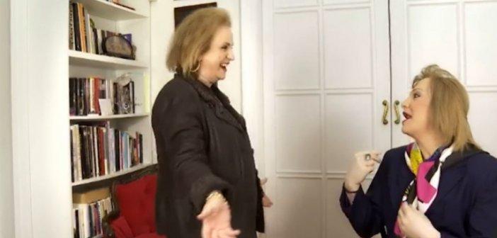 Η επική συνάντηση Παγώνη-Ζαχαράτου: Του διόρθωσε το χτένισμα, έκαναν «high five»(Video)