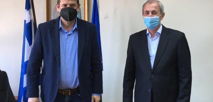 Συνάντηση με τον Δήμαρχο Θέρμου Σπύρο Κωνσταντάρα του Δημάρχου Αμφιλοχίας Γιώργου Κατσούλα