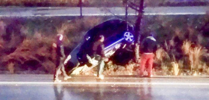 Αγρίνιο: Ανατροπή αυτοκινήτου στη Νεάπολη – Άγιο είχε ο οδηγός! (ΔΕΙΤΕ ΦΩΤΟ)