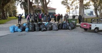 Save your Hood στην Ναύπακτο: 75άτομα μάζεψαν 110 σακούλες σκουπίδια!