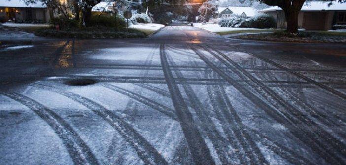 Δυτική Ελλάδα : Πού εντοπίζονται προβλήματα στην κίνηση οχημάτων -Κυρίως λόγω παγετού