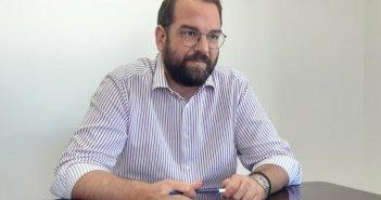 Ν. Φαρμάκης προς ΕΝΠΕ: «Οι μεταφορείς να λάβουν ως αποζημίωση μέρος των πόρων μεταφοράς μαθητών, για τα δρομολόγια που δεν έγιναν λόγω κλειστών σχολείων»