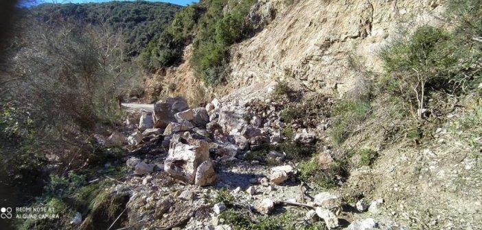 Κατολίσθηση στο Κεφαλόβρυσο Καψοράχης – Διακοπή κυκλοφορίας μεταξύ της Καψοράχης και των χωριών Παλαιοχώρι και Μεσάριστα (ΦΩΤΟ+VIDEO)