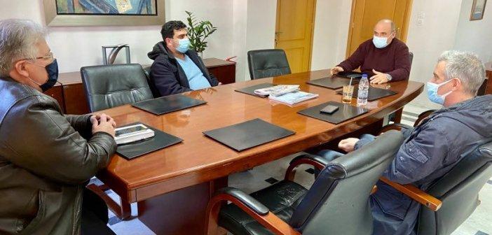 Με την Ομοσπονδία συναντήθηκε ο Δήμαρχος Ναυπακτίας Βασίλης Γκίζας