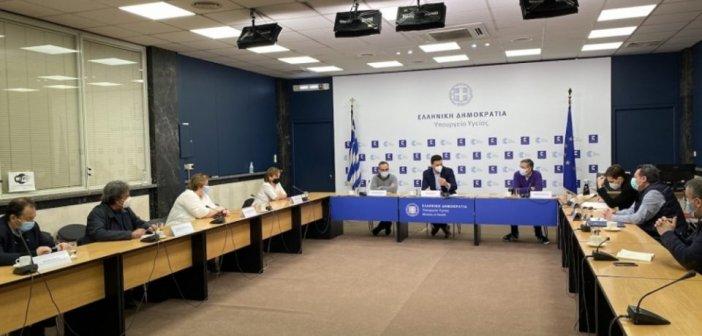 Σύσκεψη για την διαχείριση της αυξημένης πίεσης στις ΜΕΘ των Νοσοκομείων της Αττικής συγκάλεσε ο Βασίλης Κικίλιας