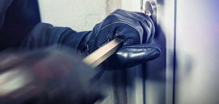 Σύλληψη για διάρρηξη καταστήματος σε χωριό του Μεσολογγίου