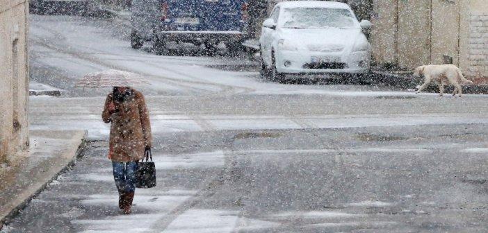 Καιρός σήμερα: Η κακοκαιρία Μήδεια δείχνει τα δόντια της – Πού θα χιονίσει τις επόμενες ώρες
