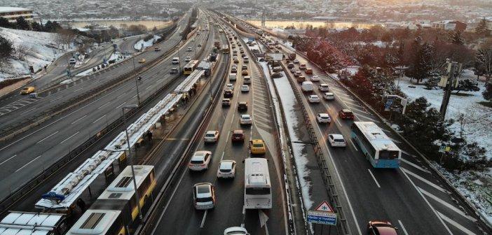 Τουρκία: Αποσύρουν τα αυτοκίνητά τους οι κατασκευαστές!