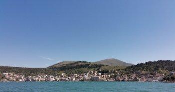 Δήμος Αμφιλοχίας: Παράταση υποβολής αιτήσεων για την ανάπτυξη τραπεζοκαθισμάτων-ομπρελών θαλάσσης σε κοινόχρηστους χώρους