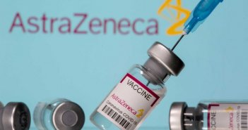 Εμβόλιο κορονοϊού: Η ΕΕ ετοιμάζεται να σύρει στα δικαστήρια την AstraZeneca για τις καθυστερήσεις