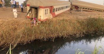 Εκτροχιάστηκαν 8 βαγόνια τρένου στην Αίγυπτο – 97 τραυματίες