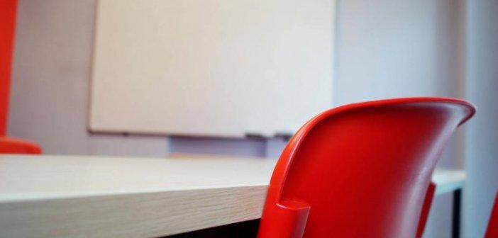 """Μεσολόγγι: """"Δεν παραδίδονταν μαθήματα μέσα στη Μ. Εβδομάδα"""" απαντά η ιδιοκτήτρια φροντιστηρίου ξένων γλωσσών"""