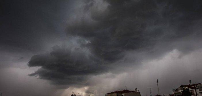 Καιρός: Αλλαγή σκηνικού με βροχές, καταιγίδες ακόμα και χιόνια