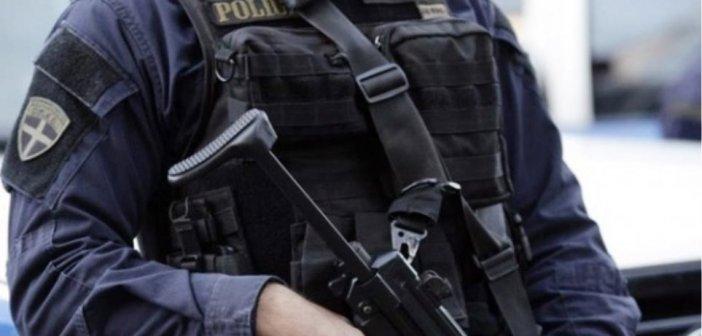 Αγρίνιο: Πιάστηκε με ναρκωτικά και…φωτοβολίδες!