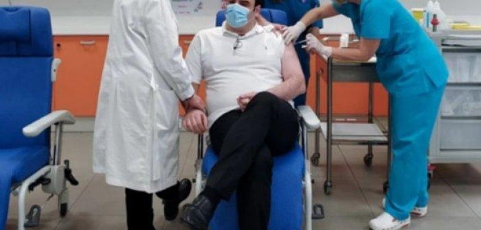 """Ο Πιερρακάκης ετοιμάζει """"βιβλιάριο υγείας"""" στο κινητό μας – Θα έχει το ιστορικό, τις εξετάσεις και τα φάρμακα κάθε ασθενούς"""