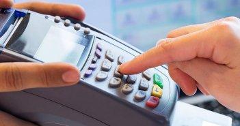 Τροπολογία για φορολογικές δηλώσεις: Κλιμακωτή μείωση του προστίμου για τις ηλεκτρονικές αποδείξεις