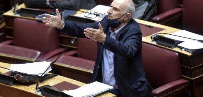 """Κατηγορεί για """"πολακισμό"""" τον βουλευτή του ΣΥΡΙΖΑ Γ. Βαρεμένο η Ν.Δ."""
