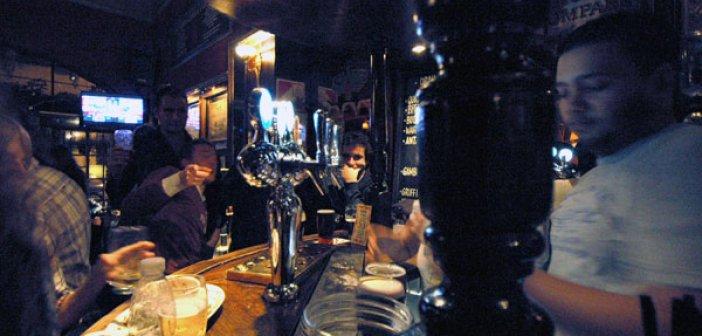 Covid Free πλέον το Γιβραλτάρ: Πολίτες γέμισαν εστιατόρια και μπαρ (Εικόνες και βίντεο)