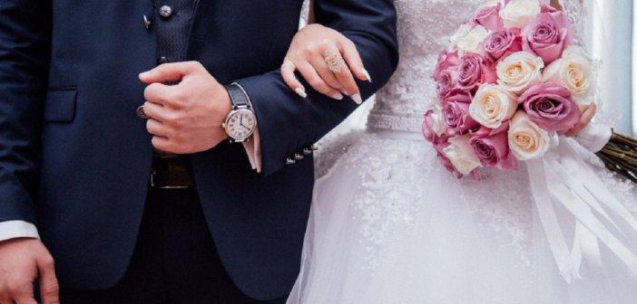 Μέσα στην εβδομάδα οι αποφάσεις για γάμους, καλεσμενους και δεξιώσεις
