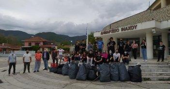 """Βάλτος Αιτωλοακαρνανίας: Εθελοντές """"σώζουν"""" τη γειτονιά τους καθαρίζοντας! (εικόνες)"""