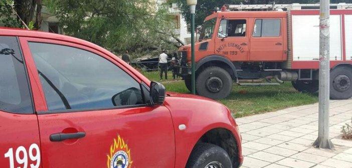 Πάτρα-ΤΩΡΑ: Φωτιά σε οικόπεδο στη Βορείου Ηπείρου