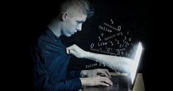 Διπλασιάστηκε ο εθισμός των εφήβων στο διαδίκτυο λόγω των lockdown