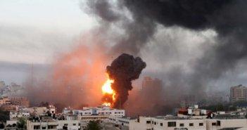 Κόλαση πυρός στη Γάζα: «Βροχή» από ρουκέτες και παιδιά ανάμεσα στους νεκρούς