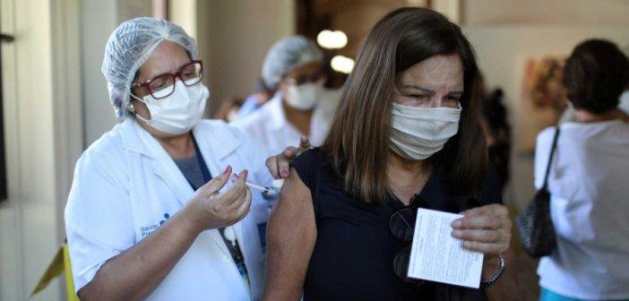 Εμβόλιο AstraZeneca: Οι επιστήμονες απαντούν για τα τρία ύποπτα περιστατικά θρομβώσεων στην Κρήτη