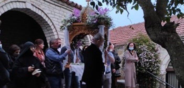 Η Περιφορά του Επιταφίου στο ιστορικό μοναστήρι Κοιμήσεως της Θεοτόκου στο Λιγοβίτσι (εικόνες- video)