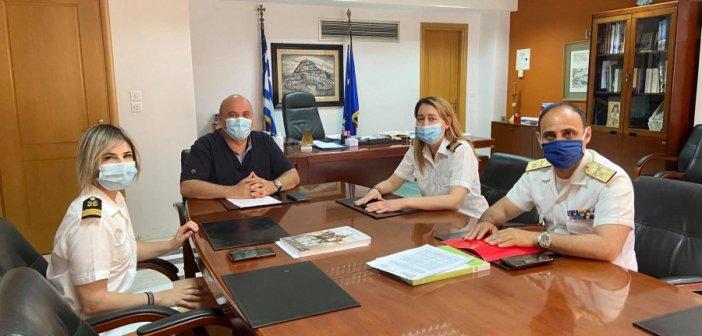Ναύπακτος: Συνάντηση Β. Γκίζα με τον Διοικητή της 5ης Περιφερειακής Δ/νσης Λιμενικού Σώματος