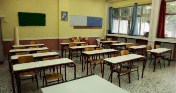 """Μεσολόγγι: """"Εγκληματική ενέργεια το άνοιγμα των σχολείων"""" υποστηρίζει ο διοικητής του Νοσοκομείου"""