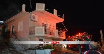 Σταμνά: Τέσσερα σπίτια παραδόθηκαν στις φλόγες
