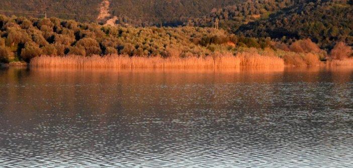 Αγρίνιο: Σε πνιγμό οφείλεται ο θάνατος του 49χρονου Ανδρέα Χαρατσάρη στη λίμνη Στράτου  – Θρήνος για τον πατέρα δύο παιδιών
