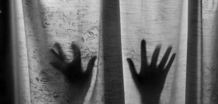 Αττική: Συνελήφθη δάσκαλος γιατί έστελνε σεξουαλικά μηνύματα σε τρεις μαθήτριες κάτω των 10 ετών