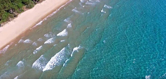 Η ελληνική παραλία που λατρεύουν οι ξένοι αλλά δεν γνωρίζουν οι περισσότεροι Έλληνες
