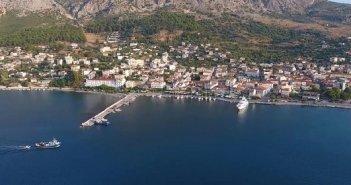 Τοποθέτηση pillars στο λιμάνι του Αστακού – Τέλος το δωρεάν ρεύμα και νερό