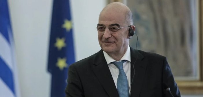 Δένδιας στη Βόρεια Μακεδονία για τις φανέλες του Euro: Τηρείστε τη Συμφωνία των Πρεσπών